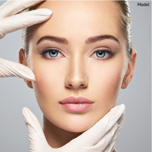 doctor looking at beautiful patient face-img-blog